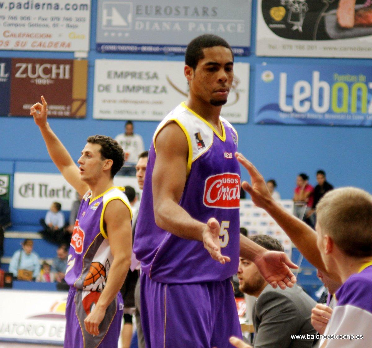 Gran partido de McDermott. Foto www.baloncestoconp.es