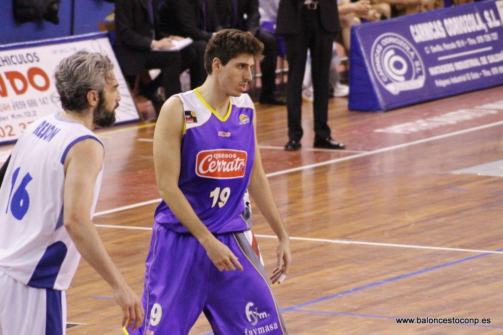 Roger Fornás fue el mejor ante Alicante. Foto www.baloncestoconp.es