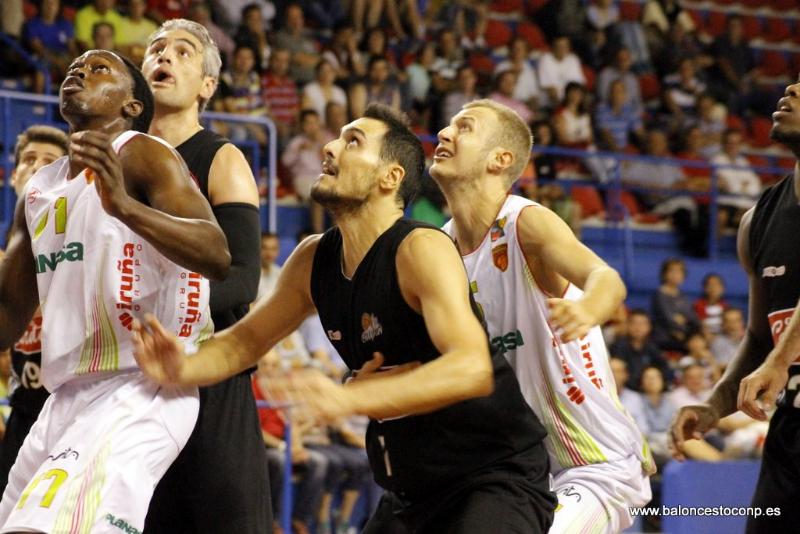 Miguel Feliu gana la jornada del trofeo. Foto www.baloncestoconp.es