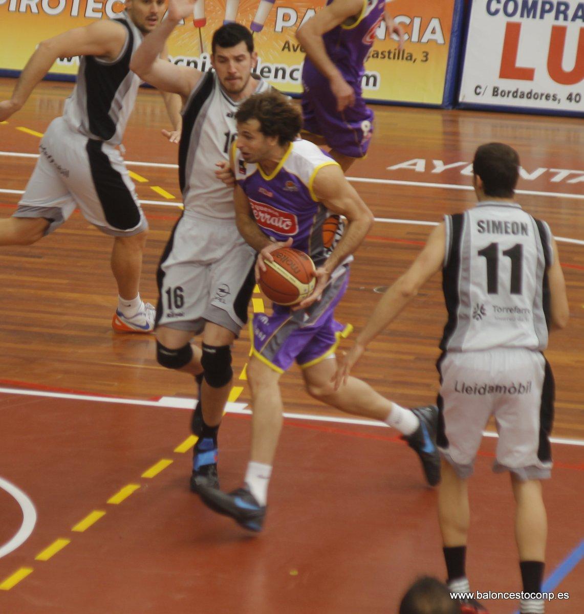 Urko fue el mejor ante el Barcelona. Imagen ante Lleida de www.baloncestoconp.es